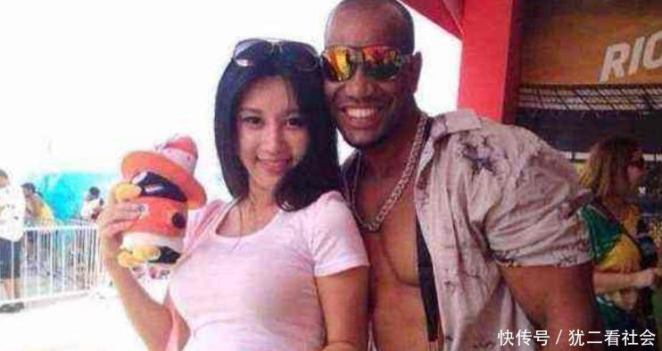 黑人那么大女人��.#y.�_中国人与黑人结婚照,与黑人姑娘做什么感觉,黑人那么大女人受得了